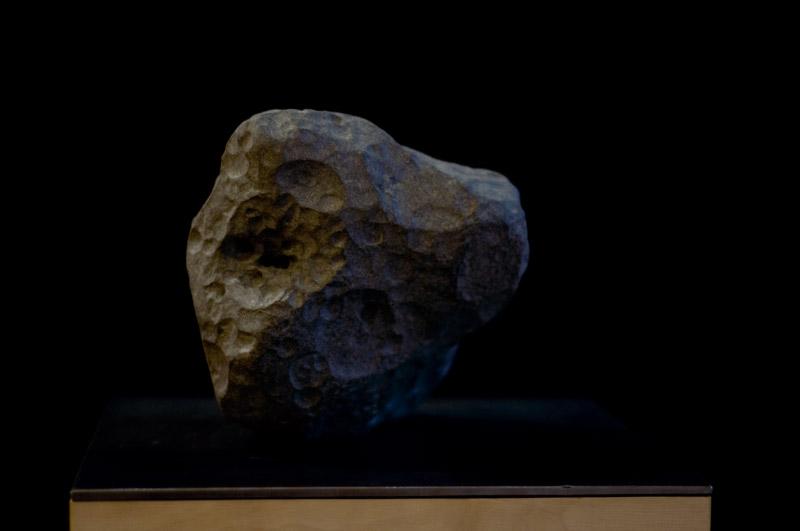 Aszteroida 03, 2011